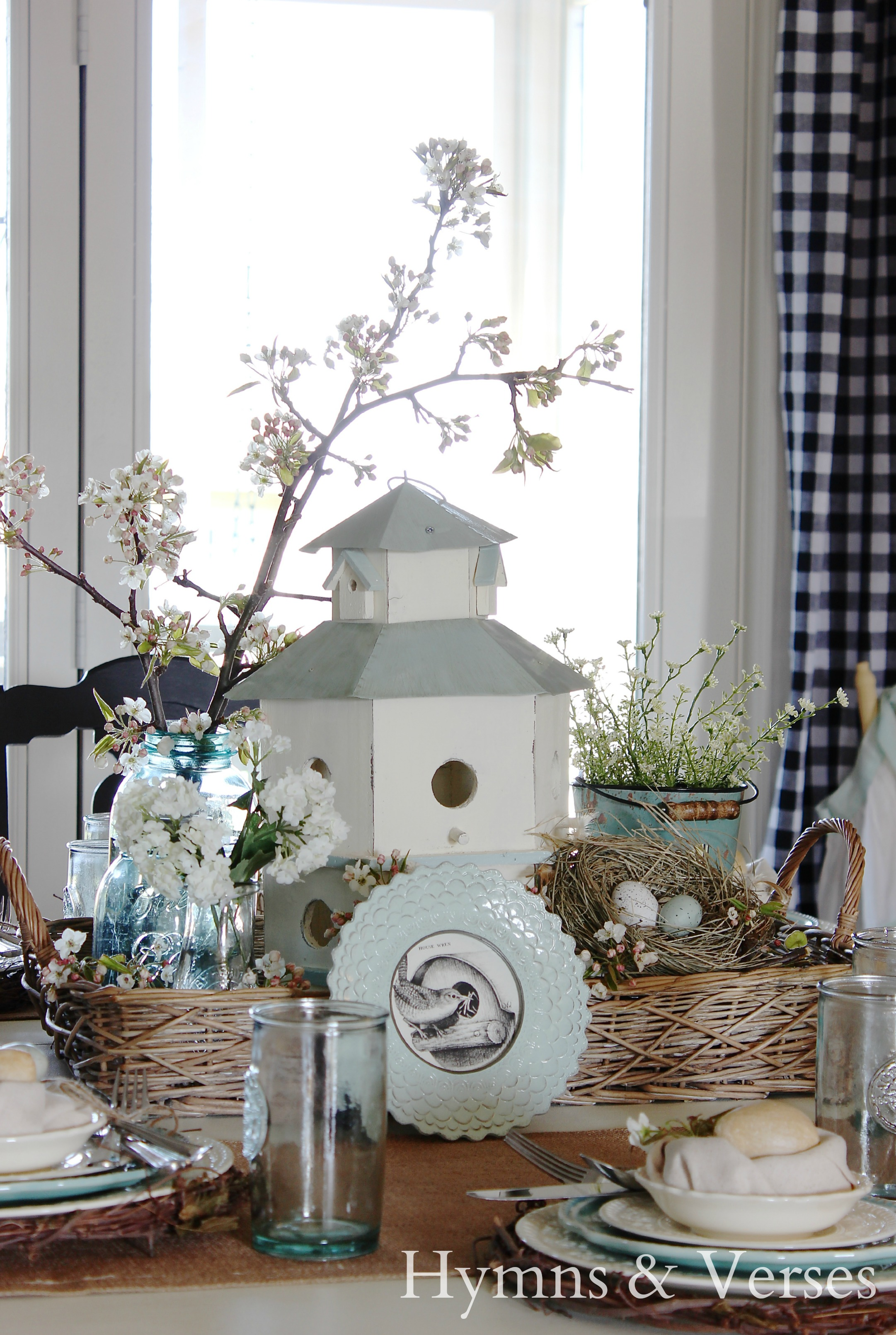 Decorating with bird nests for spring for The nest home decor