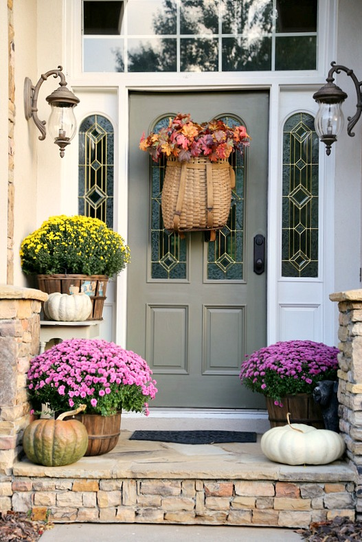 Fall Porch - Savvy Southern Style - Favorite Things-10-8-16