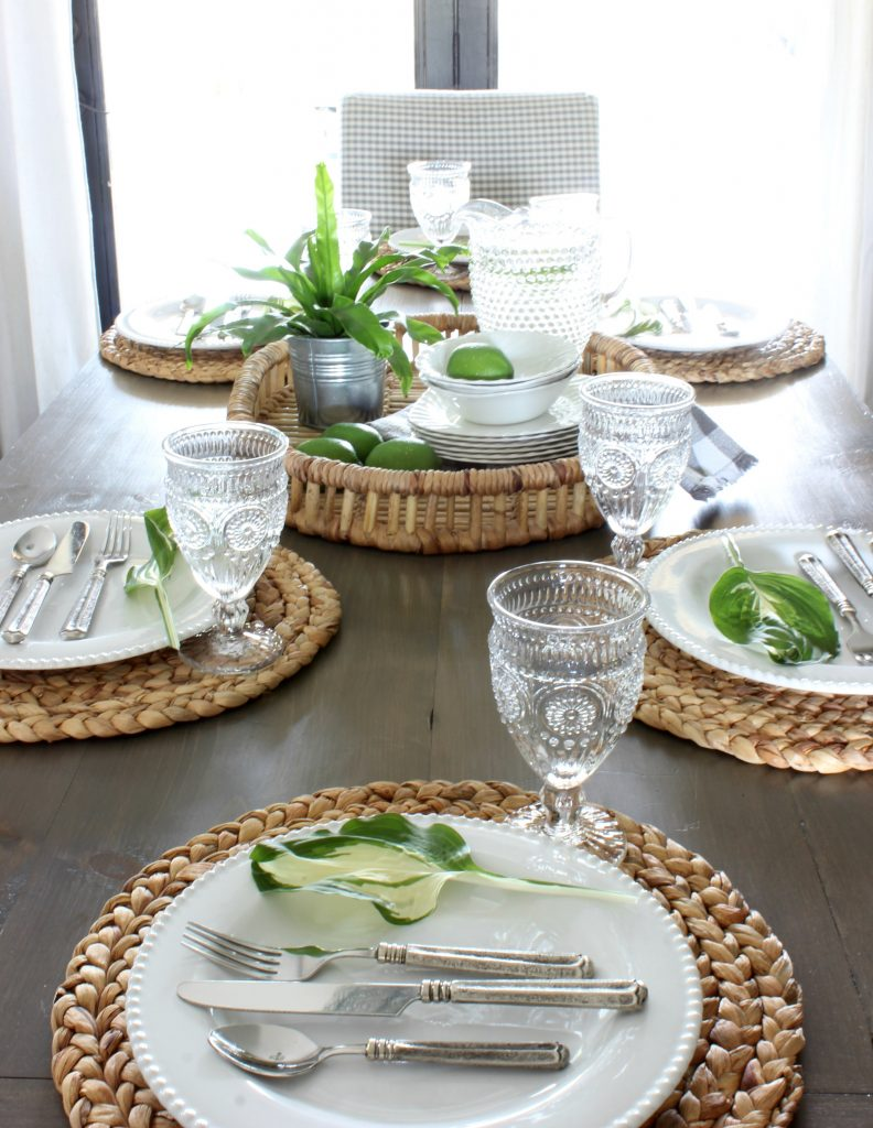 2017 Summer Home Tablescape