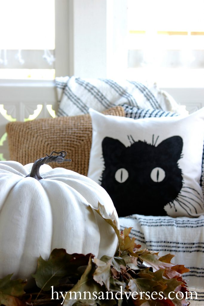 No Sew Diy Black Cat Pillow Cover Hymns And Verses