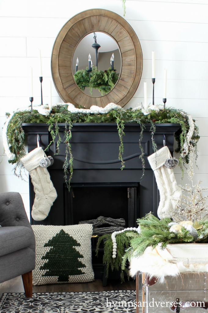2017 Christmas Home Tour - Mantel