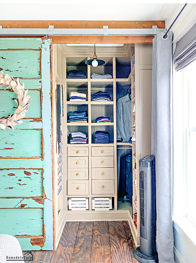 how to Give a small closet a huge amount of storage